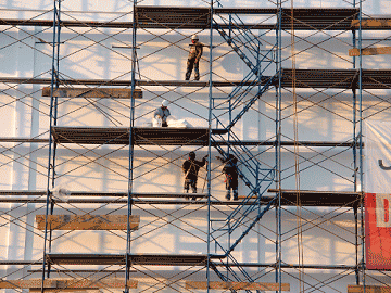 scaffold with workers